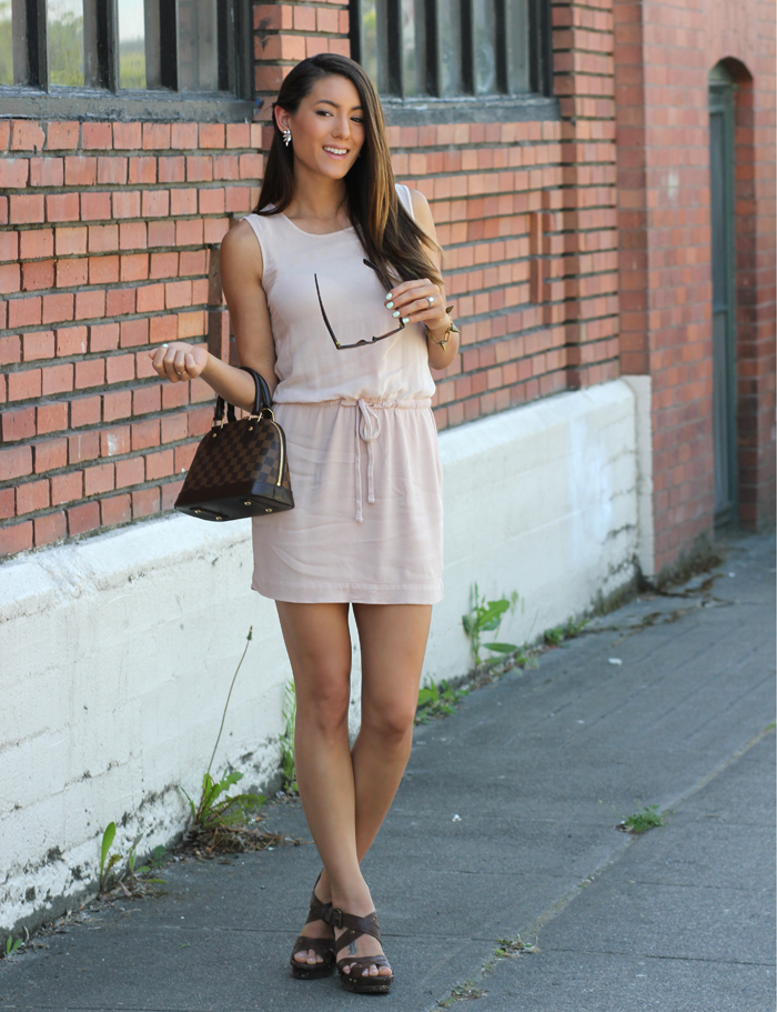 67b500c7b480 Dressy casual summer look in a tank dress at seekingsunshine.com
