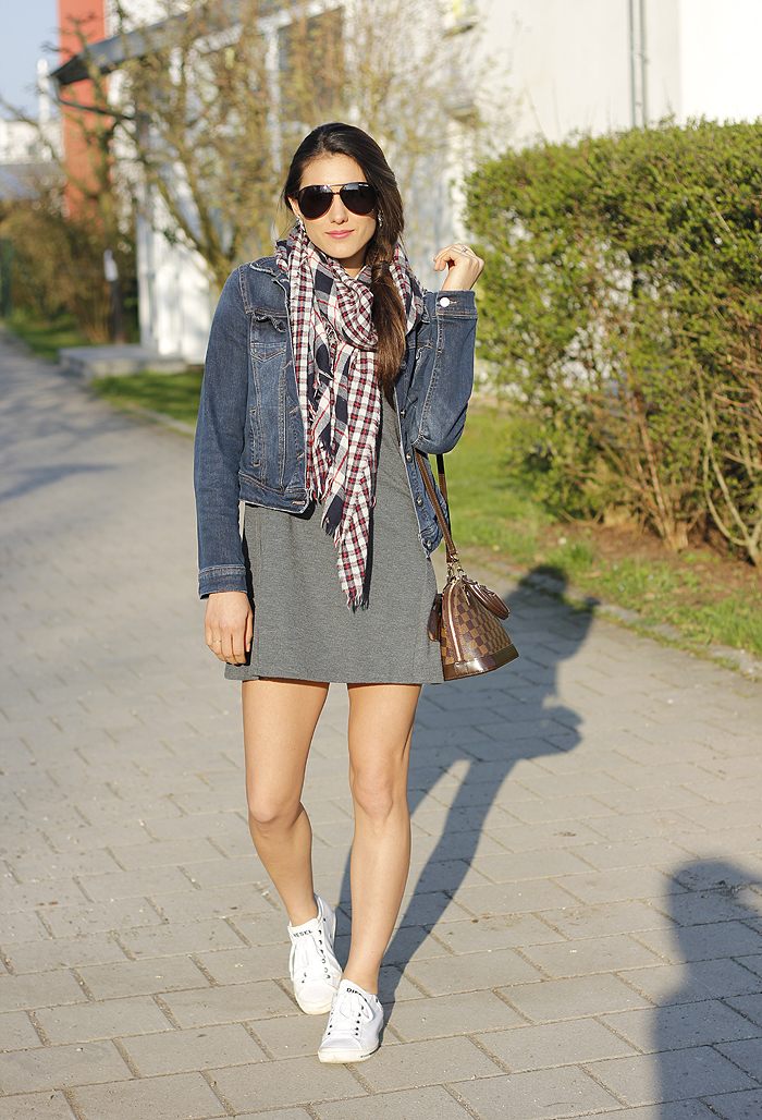 Spring Outfit Ideas via Seeking Sunshine